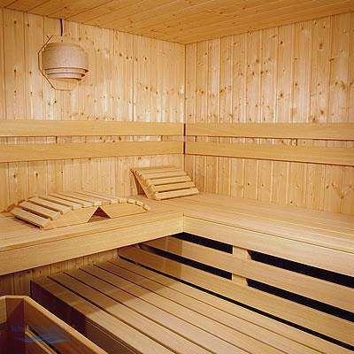 sauna liegefl che breite schwimmbad und saunen. Black Bedroom Furniture Sets. Home Design Ideas