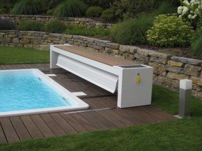 top moov oberflurabdeckung auf schienen schwimmbadbau. Black Bedroom Furniture Sets. Home Design Ideas