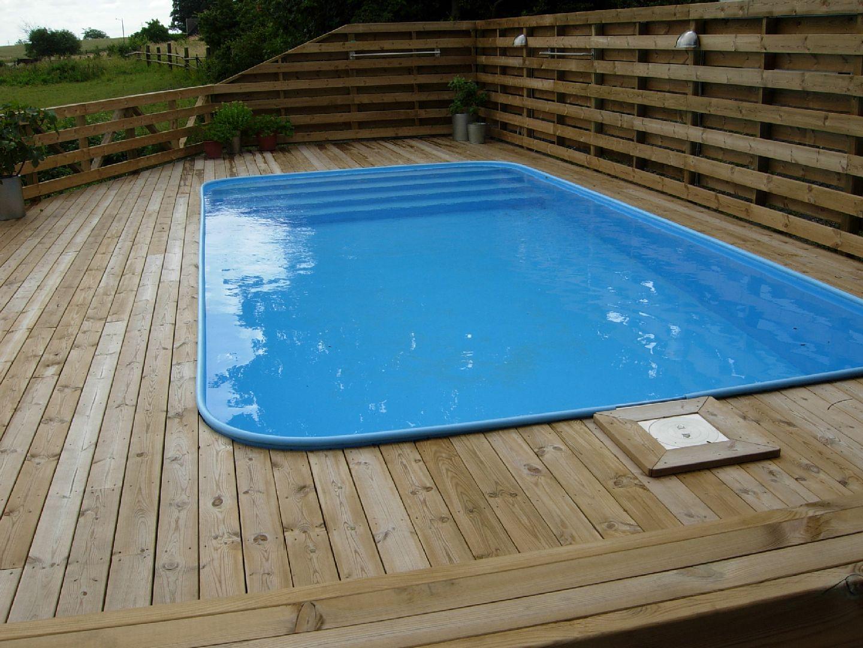 Bildergalerie bilder schwimmbadbau und poolbau projekte for Rechteck pool zum aufstellen